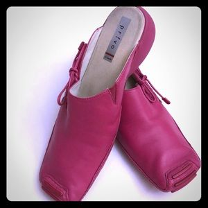 CLARKS Privo Sz 10 Pink Leather Mules